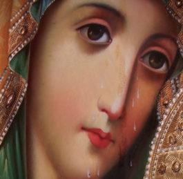 """""""Церковне закулісся"""" оглядає чудотворні ікони, що дарують надію у час біди"""