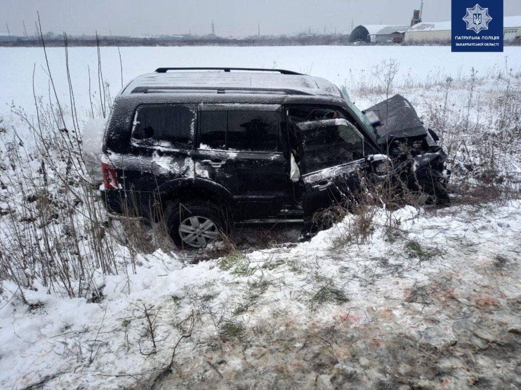 Нові подробиці аварії у Мукачеві: зіткнулися легковик та вантажівка
