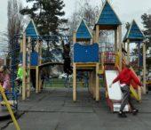 В Ужгороді бракує дитячих майданчиків