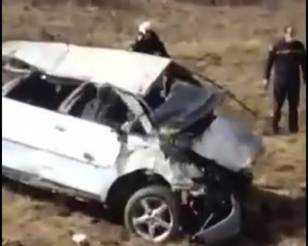 Смертельна аварія на Ужгородщині: автомобіль опинився у кюветі