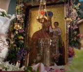 Ікона Богоматері в монастирі Сільця не припиняє мироточити